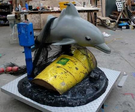 banksydolphin