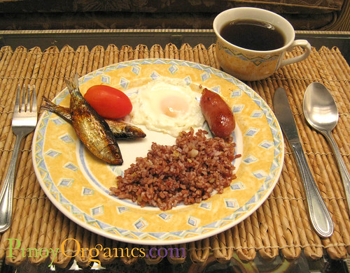 Filipino breakfast-Tinapa Egg Tomato Longganisa