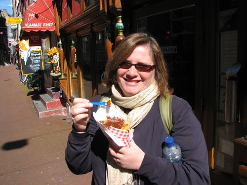 suzanne enjoying frites with peanut sauce