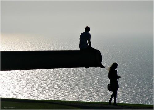 フリー写真素材, 人物, カップル・恋人・夫婦, 人と風景, 海, シルエット,