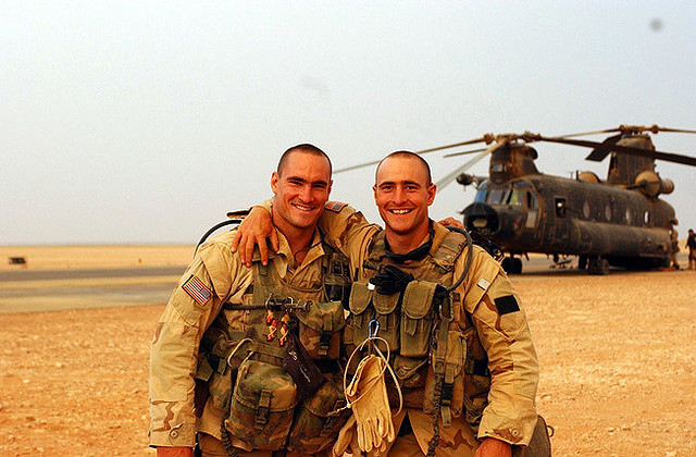 Pat Tillman (L) poses with his brother Kevin before his death.
