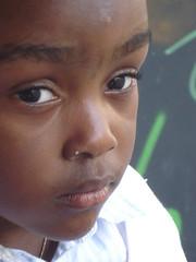 Vicky (Tu prova ad avere un mondo nel cuore...) Tags: portrait brown children bambini retrato kinder enfants braun ritratto vicky brun marrone