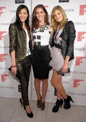 Fashion+Night+Out+Saks+Fifth+Avenue+e4uS2Qr45M5l