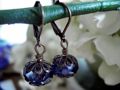 aretes violeta arañita picassa