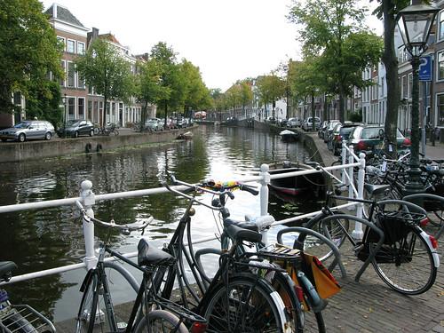 011-leiden-canal