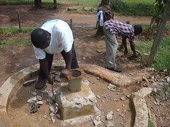 Eburenga pri.school-dismandling of cracked pad.