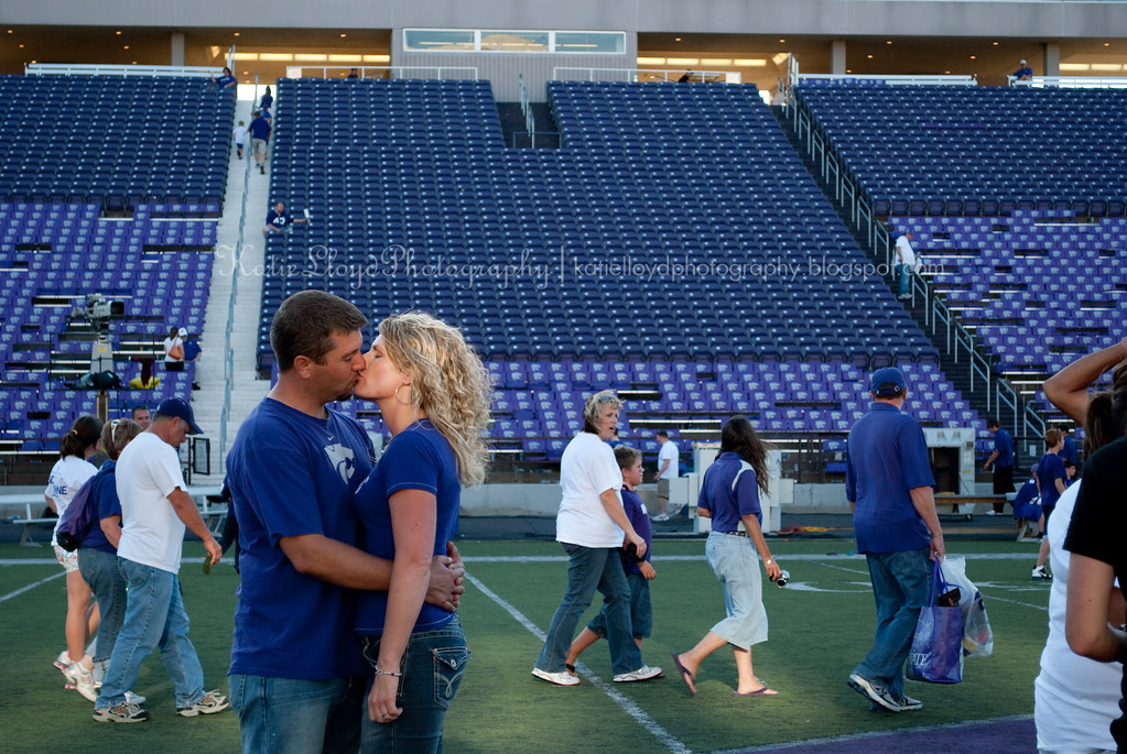 J&T kissing on field SOOC wm