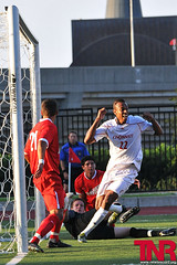 EQ_UCvsUD_2_web (EamonQ) Tags: sports football nikon soccer uc tnr ud 2010 universityofcincinnati seasonopener sept1 universityofdayton thenewsrecord collegesoccer d300s 912010 eamonqueeneyphotograhpy 175rivalry