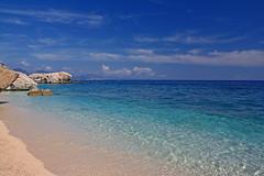 Cala Mariolu - Golfo di Orosei (Dott. Lilith) Tags: sardegna mare sigma 1770 canoneos spiaggia paradiso hoya calamariolu golfodiorosei filtropolarizzatore 1000d
