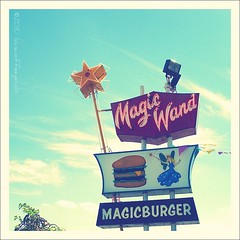 Magic Wand (ilovecoffeeyesido) Tags: sign neon plastic signage magicwand vintagesign magicburger signvintage churubuscoin neonsignplastic