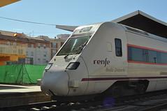 RENFE R-598 (Giacomo Giugiaro) Tags: badajoz caf regional estación estação renfe r598