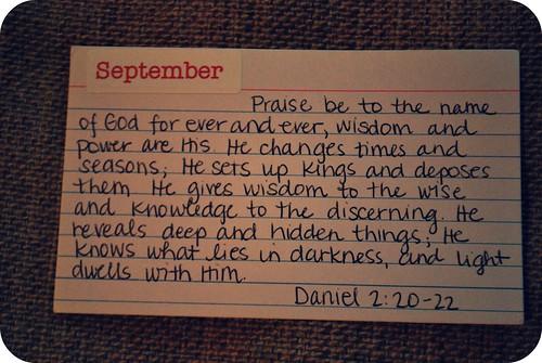 daniel 2:20-22