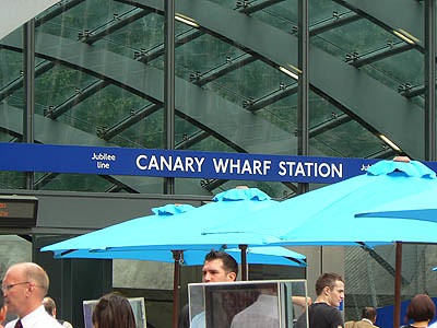 canary Wharf Station.jpg