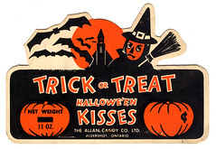 Trick or Treat Halloween Candy Kisses