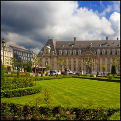 Happy weekend - Feliz fin de semana (Pilar Azaña Talán ) Tags: arcelor luxemburgo louxemburg abigfave 100commentgroup pilarazaña theoriginalgoldseal