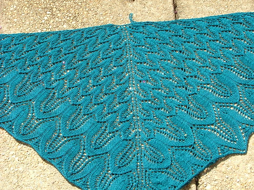Sunflower Shawl - Complete and Blocked!