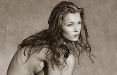 Fashion Photography: Albert Watson (Phaidon.com) Tags: fashion photography video gallery katemoss agenda phaidon albertwatson