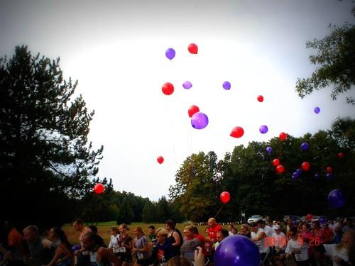 ready...set off balloons for Louis...gooooooooo!