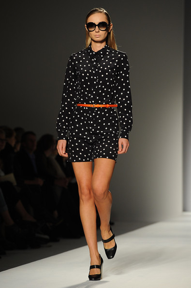 Max+Mara+Milan+Fashion+Week+Womenswear+2011+IS9wTpVR49El