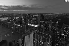 Observation Deck (Stefano Zufferli) Tags: new york city nyc sunset panorama skyline canon observation landscape eos pier tramonto view angle wide tokina deck 17 veduta grandangolo 1224 citt 30d