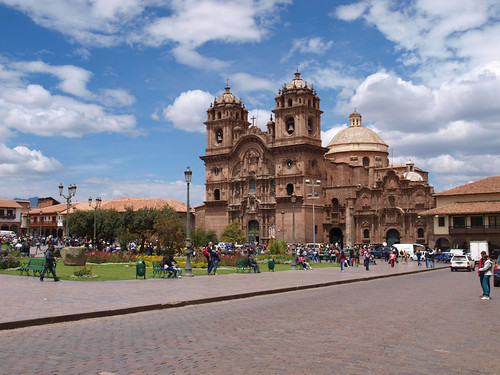 Plaza de Armas - Iglesia Jesuitas (1)