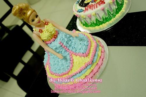 Batch 27 Julai: Buttercream Doll Cake & Drawing on Buttercream Cake