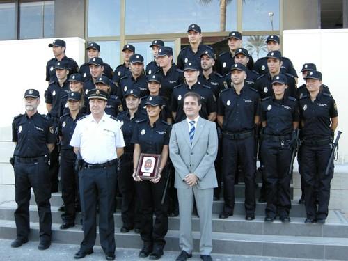 01-10-2010 DESPEDIDA POLICIAS PRACTICAS 009
