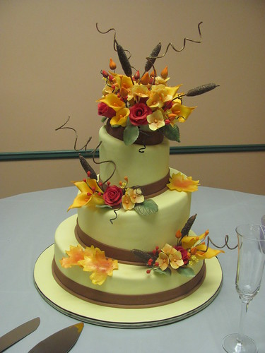Autumn Wedding cake 018 by Cake Madam