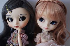 Scarlett & Caroline (Aeris19) Tags: white scarlett caroline melody wig pullip sbh leeke obitsu cinciallegra iplehouse