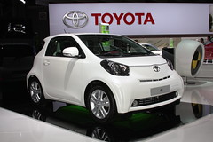 Toyota at the Paris Motor Show 2010: 2011 iQ