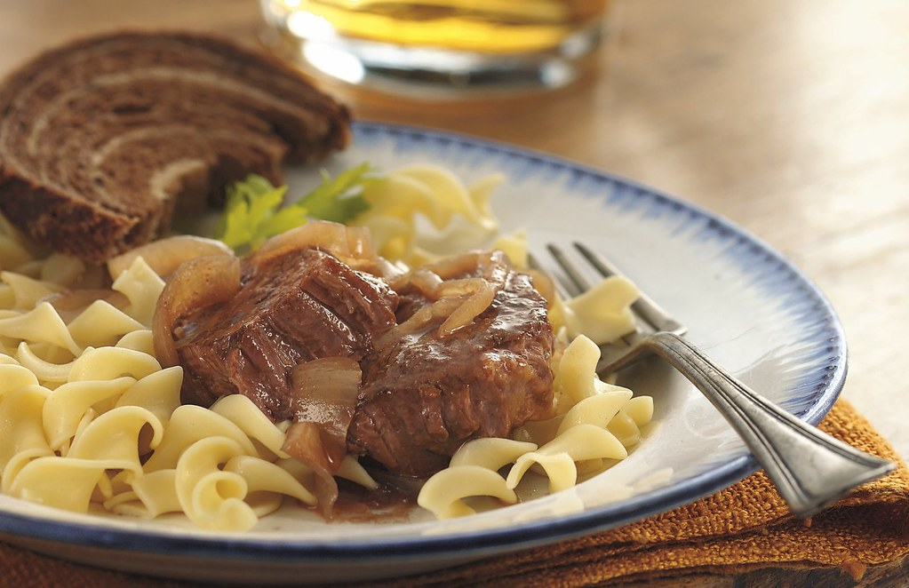 Slow Cooker Bavarian-Style Round Steak with Red Onions and Noodles