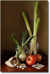 "Bodegn ""Puerros"" (Cecilia Gilabert) Tags: stilllife beans tomatoes tomates tomate tomatoe leaks bodegon puerros exposicin bodegones fotografapictrica judasblancas huelvaysusfotgrafos ceciliagilabert ceciliagilabertcom unguioalapintura"