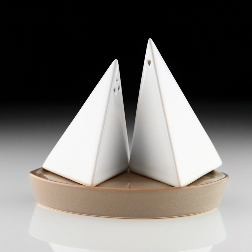 Salt&Pepper boats_tan