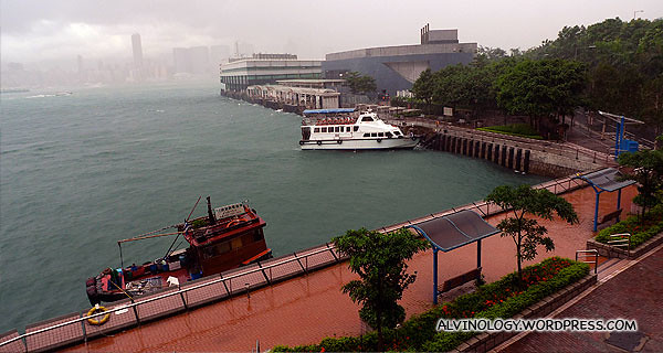 I wandered till the Hong Kong to Macau ferry terminal area before heading off to the airport