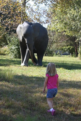 Catie & the elephant statue near the zoo entrance