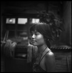 girl with far away eyes (beetabonk) Tags: china portrait 120 6x6 tlr mediumformat square 124g  tianjin  yashicamat mat124g selfdeveloped ilfordfp4 rodinal125900 cntjymfp4r0909007