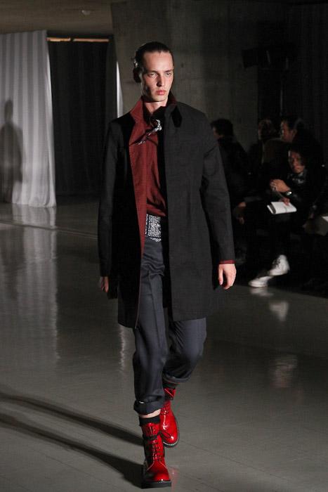 Rutger Derksen3047_SS11_Tokyo_DISCOVERED(Fashionsnap)