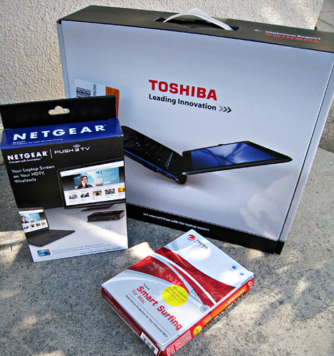 Toshiba laptop The Intel® Core™ i5 processor+netgear HDTV