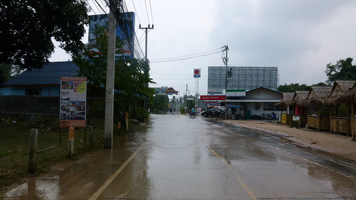 Koh samui after storm-airport arrivcal gate