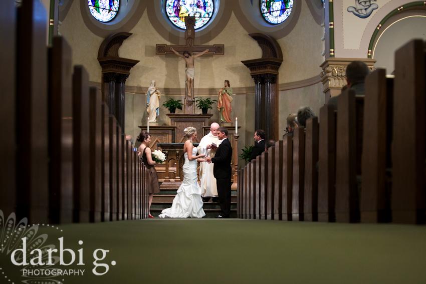 blog-Kansas City wedding photographer-DarbiGPhotography-ShannonBrad-200