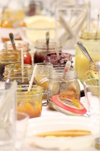 la tavola dopo gli assaggi