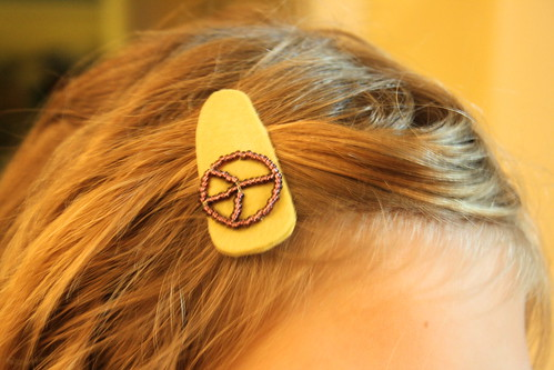 Peace Barrette