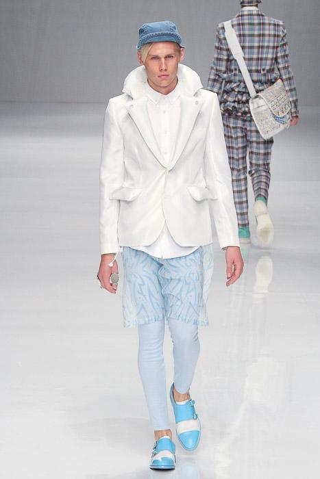 Jo Milnes3034_SS11_Tokyo_PHENOMENON(Fashionsnap)