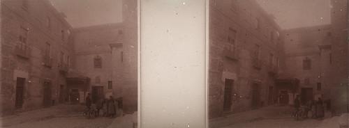 Aguadores en la Plaza de las Capuchinas en los años 20. Fotografía de Ángel del Campo Cerdán