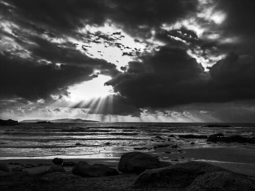 フリー写真素材, 自然・風景, 海, ビーチ・砂浜, モノクロ写真, スペイン,