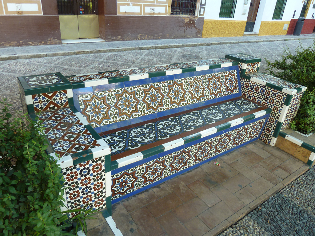 The world 39 s best photos of islamictiles flickr hive mind Moroccan bench
