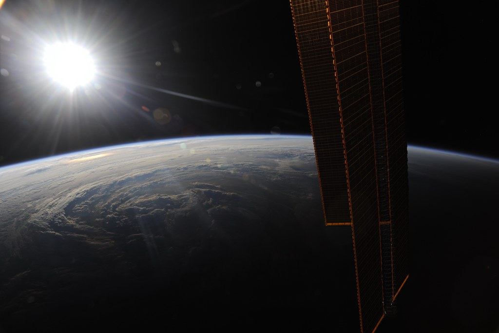 5197445442 b69a8d5da6 b Incredible Space Pics from ISS by NASA astronaut Wheelock [29 Pics]
