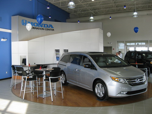 Joe Morgan Honda Showroom Floor