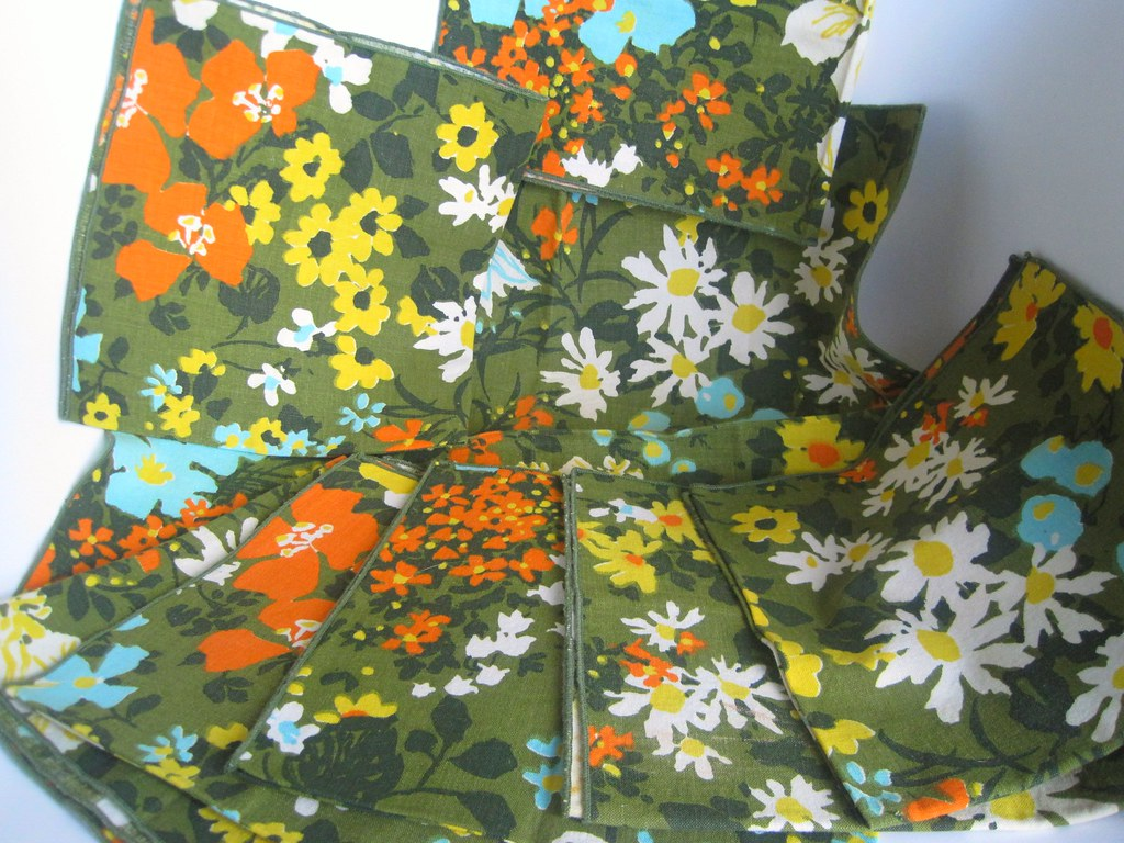 Vintage 1960 fabric for Mattel Modern Furniture upolstery? What do you think?