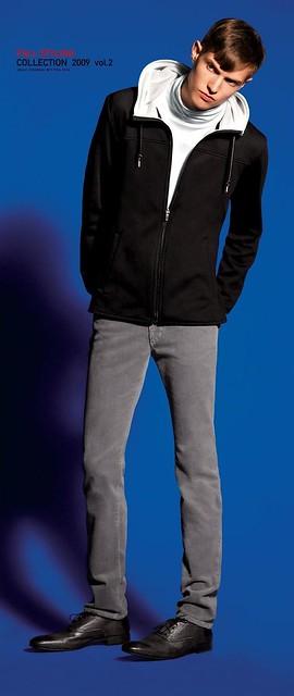 UNIQLO 0077_Fall09_Stylebook_Adrian Bosch_HQ